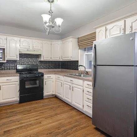 Rent this 3 bed townhouse on 1202 South Alder Street in Philadelphia, PA 19147