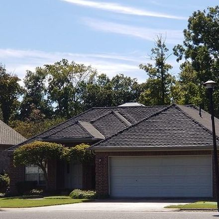 Rent this 3 bed house on 202 Chantilly Circle in Maumelle, AR 72113