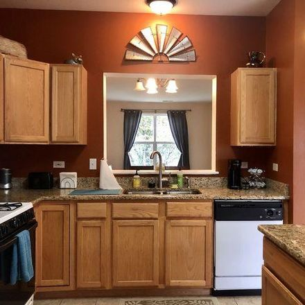 Rent this 2 bed house on 1009 Ellsworth Drive in Grayslake, IL 60030