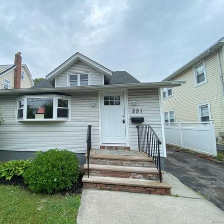 Rent this 2 bed house on 251 Forest Avenue in Lynbrook, NY 11563