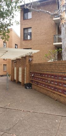 Rent this 2 bed apartment on 36/5-13 Dellwood Street