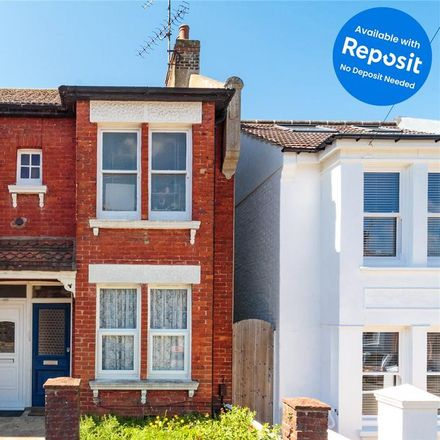 Rent this 3 bed apartment on Totland Road in Brighton BN2 3EP, United Kingdom