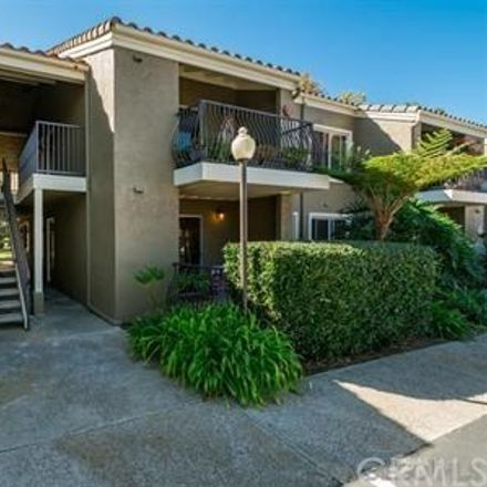 Rent this 1 bed condo on 8430 Via Mallorca in San Diego, CA 92037