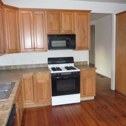 Rent this 3 bed duplex on E Main St in Somerville, NJ