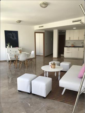 Rent this 3 bed apartment on Carrer de Maldonado in 46001 Valencia, Spain