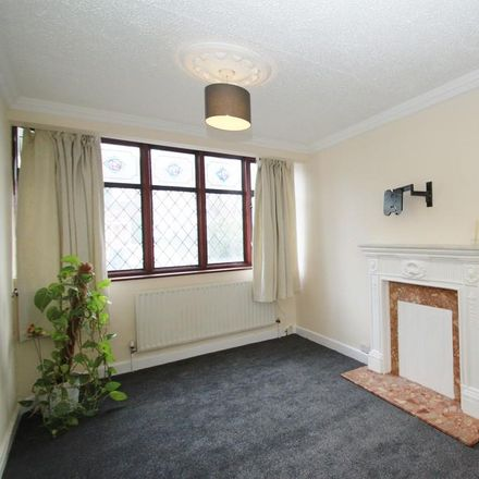 Rent this 3 bed house on Highfield Road in London IG8 8JD, United Kingdom