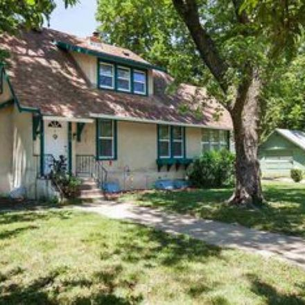 Rent this 1 bed room on 909 North 5th Street in Manhattan, KS 66502
