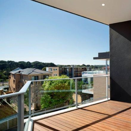 Rent this 1 bed apartment on Anzac Parade