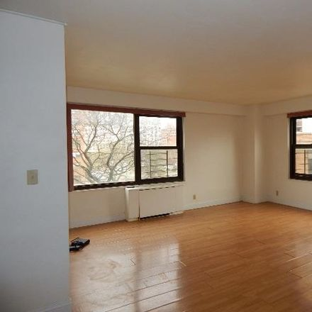 Rent this 2 bed apartment on Montgomery St in Jersey City, NJ