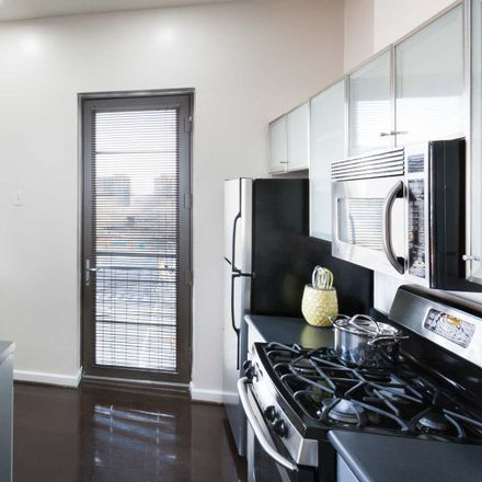 Rent this 1 bed apartment on Pentagon Centre in South Fern Street, Arlington