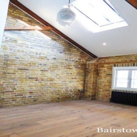 Rent this 3 bed apartment on Butterfly Court in Mast Street, London IG11 7FY
