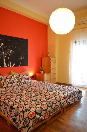 Rent this 3 bed room on Keratsiniou 26 in Athina 104 41, Greece