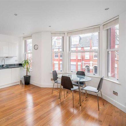 Rent this 2 bed apartment on Sue Davis Memorial Playground in Birnam Road, London N4 3LQ