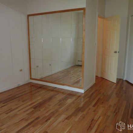 Rent this 3 bed condo on St Nicholas Ave in New York, NY