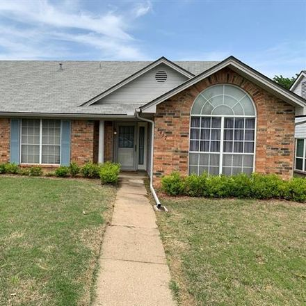 Rent this 3 bed house on 1417 Quail Crest Drive in Garland, TX 75040