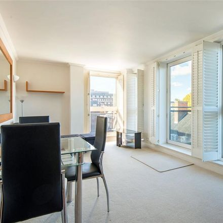 Rent this 2 bed apartment on 7 High Holborn in London WC1V 6AZ, United Kingdom