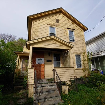 Rent this 3 bed apartment on Emerson Avenue in Syracuse, NY 13204