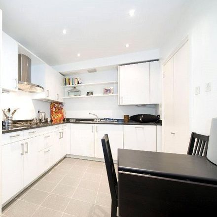 Rent this 3 bed apartment on 3 Cross Keys Close in London W1U 2QF, United Kingdom