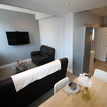 Rent this 3 bed apartment on Milton Street in Derby DE22 3NR, United Kingdom