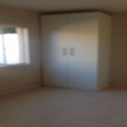 Rent this 3 bed apartment on Kerk Street in Ekurhuleni Ward 39, Germiston