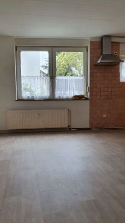 Rent this 2 bed apartment on Kabelstraße 13 in 41069 Rheydt, Germany
