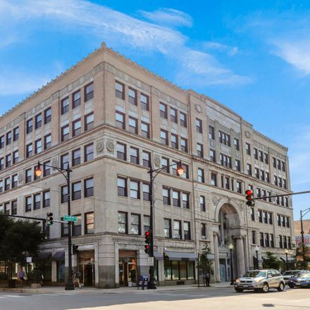 Rent this 2 bed loft on 3150 North Sheffield Avenue in Chicago, IL 60657