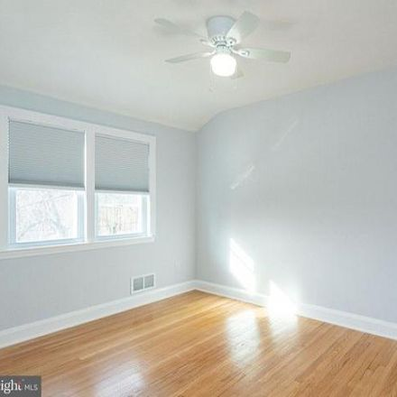 Rent this 3 bed condo on 8602 Quentin Avenue in Oakleigh, MD 21234