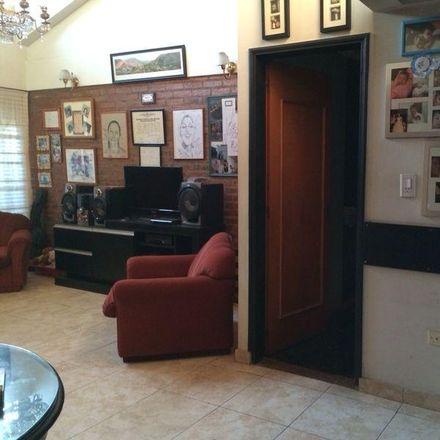 Rent this 7 bed apartment on General O'Higgins 1563 in Villa General Paz, B1824 Lanús Este