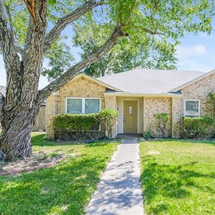 Rent this 3 bed house on 2201 Rockbluff Drive in Rowlett, TX 75088