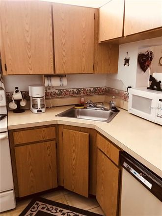 Rent this 2 bed condo on 1398 Shady Pine Way in Tarpon Springs, FL