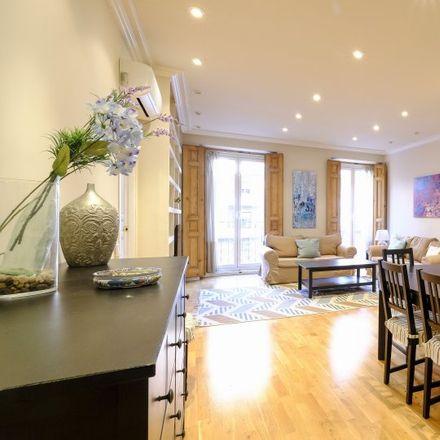 Rent this 2 bed apartment on Calle de Diego de León in 41, 28006 Madrid