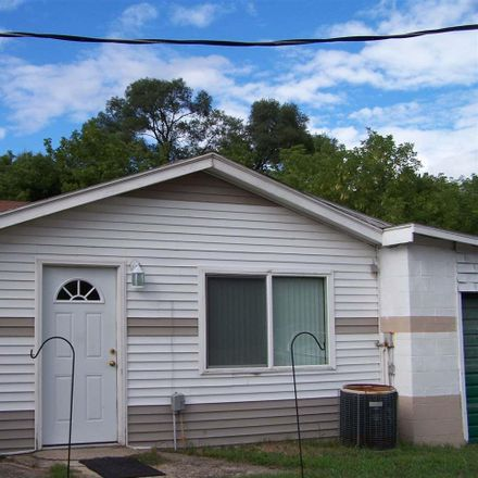 Rent this 2 bed house on Ludington Drive in Sterling Heights, MI 48317