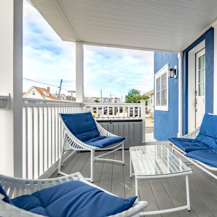Rent this 3 bed duplex on 122 Ocean Ave in Point Pleasant Beach, NJ