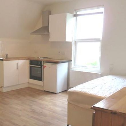 Rent this 0 bed apartment on Costcutter in Lithos Road, London NW3 6EH