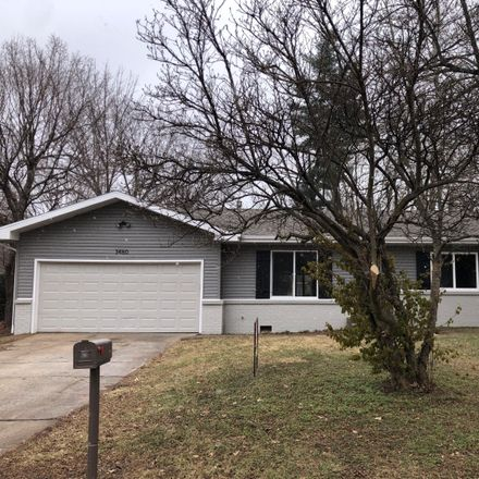 Rent this 3 bed house on 3460 South Nettleton Avenue in Springfield, MO 65807