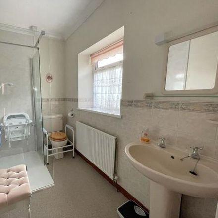 Rent this 3 bed house on Ystrad Mynach Primary School in Lewis Street, Ystrad Mynach