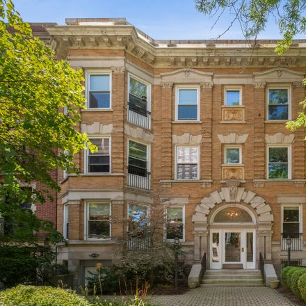 Rent this 3 bed condo on 509-511 West Roscoe Street in Chicago, IL 60657