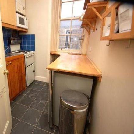Rent this 1 bed apartment on 30 West Crosscauseway in Edinburgh EH8 9XG, United Kingdom