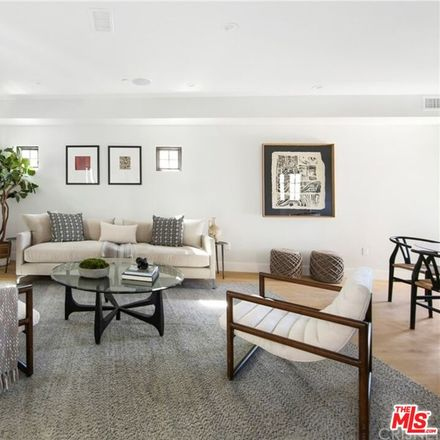 Rent this 3 bed townhouse on Parkman Ave in Los Angeles, CA