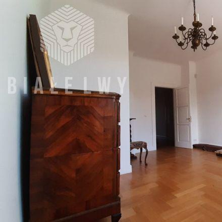 Rent this 2 bed apartment on Ministerstwo Cyfryzacji in Królewska 27, 00-060 Warsaw