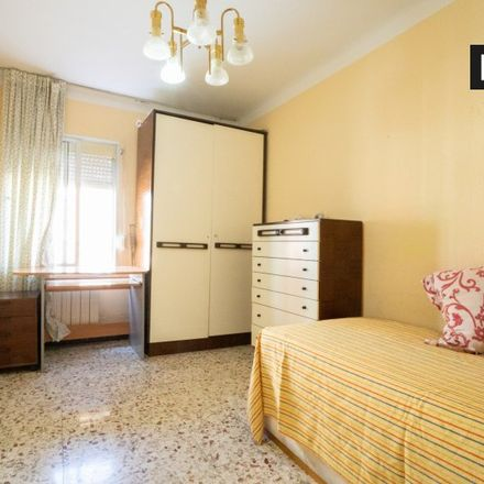 Rent this 3 bed apartment on Calle Torrelaguna in 28807 Alcalá de Henares, Spain