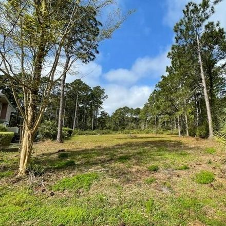 Rent this 0 bed apartment on 8 Rutledge Court in Hilton Head Island, SC 29926