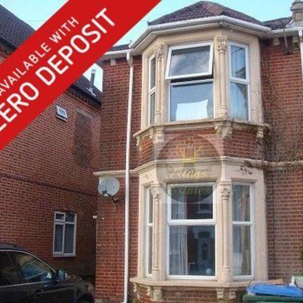 Rent this 3 bed apartment on 118 Gordon Avenue in Southampton SO17 2FU, United Kingdom