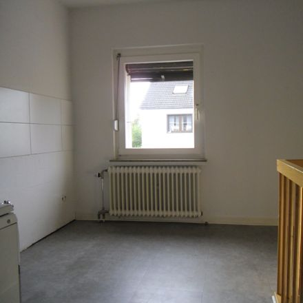 Rent this 2 bed apartment on AW Krefeld-Oppum in 47809 Krefeld, Germany