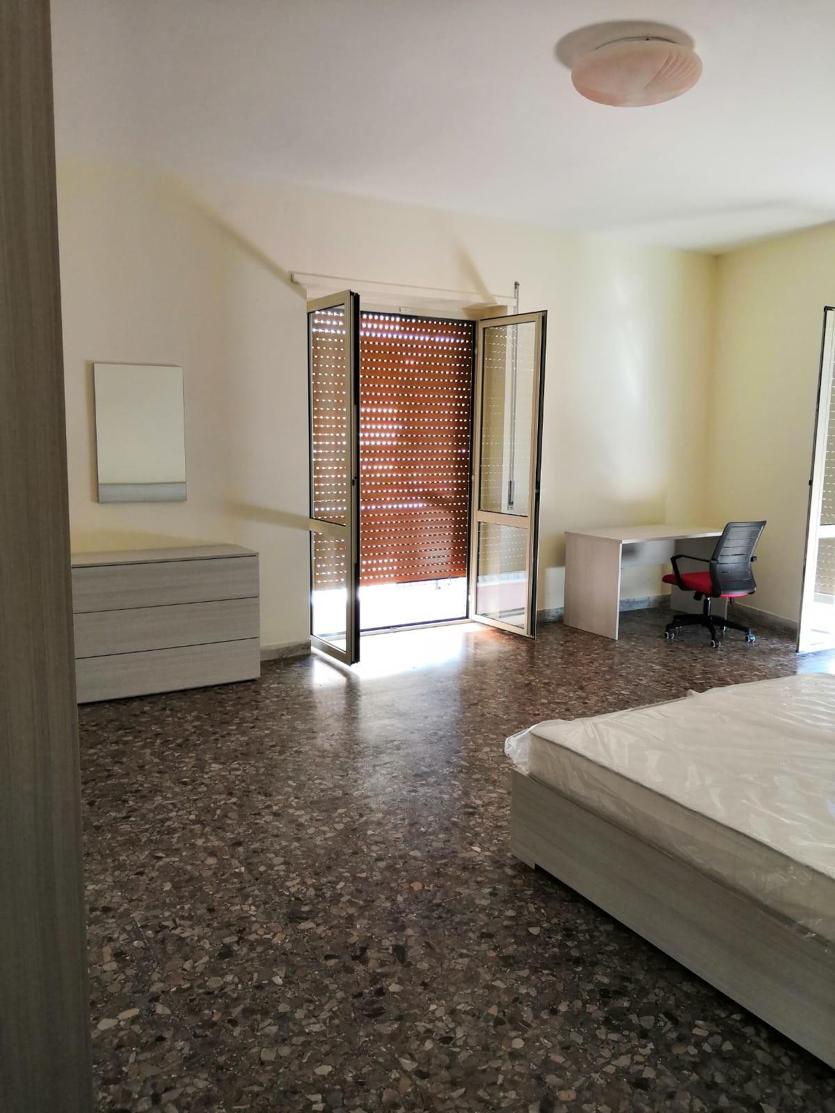 Armadio Ripostiglio Ad Angolo room in apt at viale abramo lincoln, 81100 caserta ce, italy