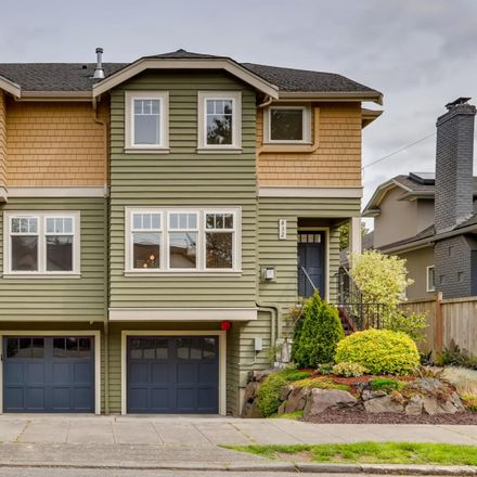 Rent this 3 bed townhouse on 832 34th Avenue in Seattle, WA 98122
