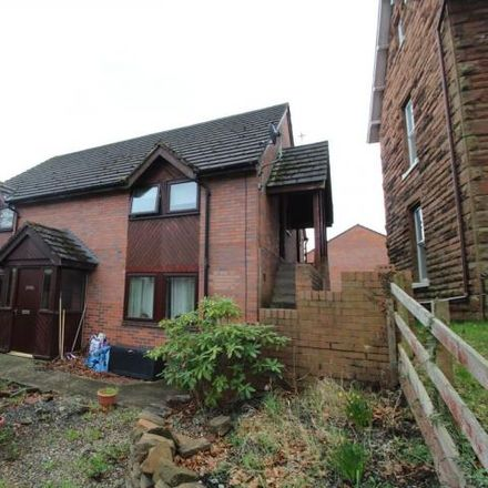 Rent this 3 bed apartment on Imperial Dragon in 264 London Road, Carlisle CA1 2QS