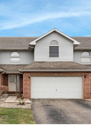 Rent this 4 bed townhouse on 2206 Jasmine Drive in Crest Hill, IL 60403