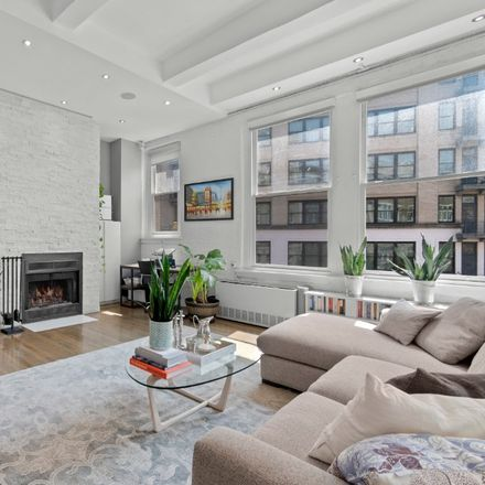 Rent this 1 bed loft on 321 West 13th Street in New York, NY 10014