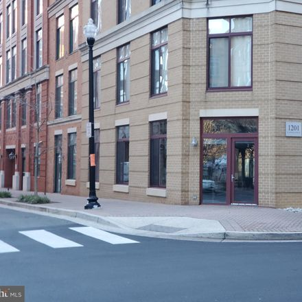 Rent this 2 bed condo on 1201 North Garfield Street in Arlington, VA 22201